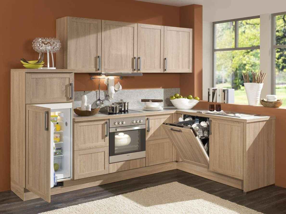 Kleine L-Küche in Holzoptik