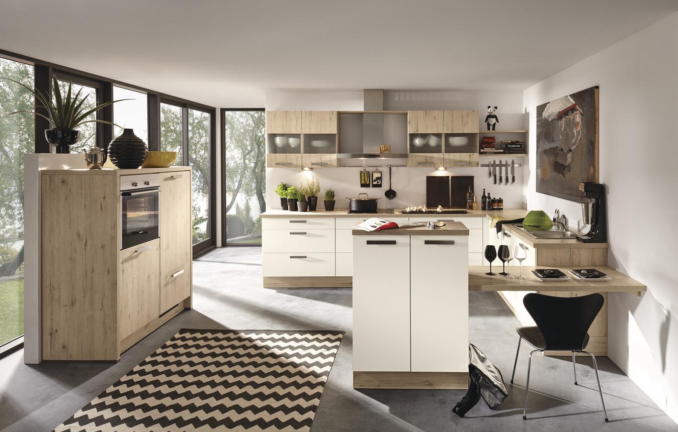 Moderne Wohnküche mit Sitzgelegenheit Burger Cindy ...